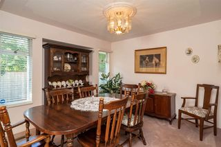 Photo 4: 19669 34A Avenue in Langley: Brookswood Langley House for sale : MLS®# R2412500