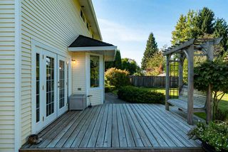 Photo 13: 19669 34A Avenue in Langley: Brookswood Langley House for sale : MLS®# R2412500