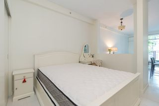 """Photo 7: 203 1252 HORNBY Street in Vancouver: Downtown VW Condo for sale in """"PURE"""" (Vancouver West)  : MLS®# R2413688"""