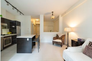 """Photo 12: 203 1252 HORNBY Street in Vancouver: Downtown VW Condo for sale in """"PURE"""" (Vancouver West)  : MLS®# R2413688"""