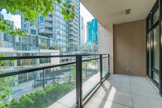 """Photo 16: 203 1252 HORNBY Street in Vancouver: Downtown VW Condo for sale in """"PURE"""" (Vancouver West)  : MLS®# R2413688"""
