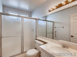 Photo 10: VISTA House for sale : 2 bedrooms : 1241 Longfellow Rd