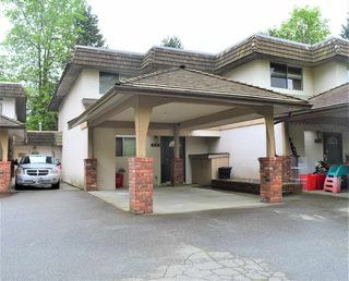 Photo 1: 11672 RITCHIE Avenue in Maple Ridge: East Central Townhouse for sale : MLS®# R2456205