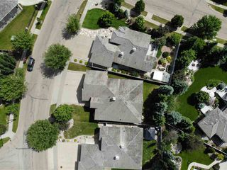 Photo 2: 53 KINGSWAY Drive: St. Albert House for sale : MLS®# E4203470
