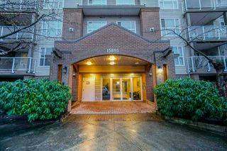 Main Photo: 403 15895 84 Avenue in Surrey: Fleetwood Tynehead Condo for sale : MLS®# R2473768