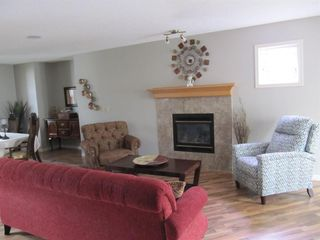 Photo 9: 112 MCDOUGALL Place: Langdon Detached for sale : MLS®# A1023577