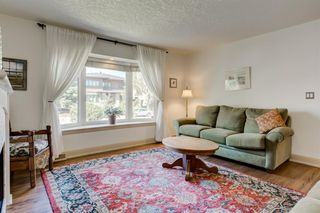 Photo 6: 16 WALNUT Drive SW in Calgary: Wildwood Detached for sale : MLS®# A1022816