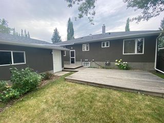 Photo 44: 16 WALNUT Drive SW in Calgary: Wildwood Detached for sale : MLS®# A1022816