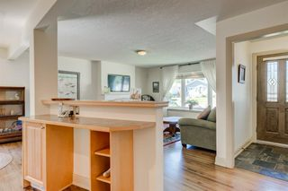 Photo 12: 16 WALNUT Drive SW in Calgary: Wildwood Detached for sale : MLS®# A1022816