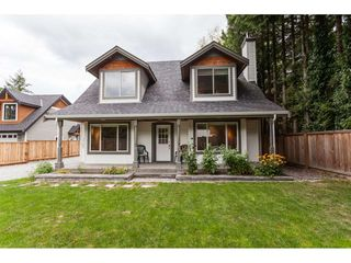 Photo 1: 2 23165 OLD YALE Road in Langley: Campbell Valley House for sale : MLS®# R2489880
