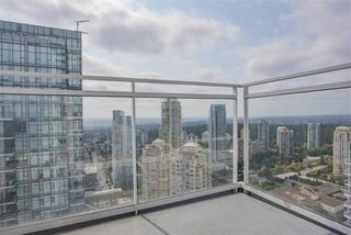 Photo 10: 4203 4670 ASSEMBLY Way in Burnaby: Metrotown Condo for sale (Burnaby South)  : MLS®# R2492603