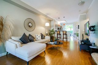"Photo 8: 49 100 KLAHANIE Drive in Port Moody: Port Moody Centre Townhouse for sale in ""INDIGO"" : MLS®# R2495389"