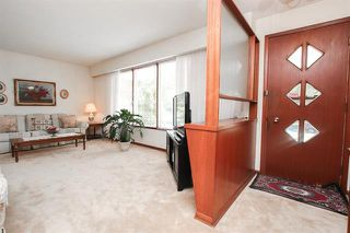 Photo 3: 63 Arrowwood Drive in Winnipeg: Garden City Residential for sale (4G)  : MLS®# 1923027