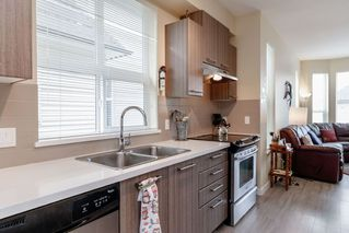 """Photo 6: 138 7938 209 Street in Langley: Willoughby Heights Townhouse for sale in """"RED MAPLE PARK"""" : MLS®# R2405970"""