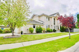 Photo 1: 319 DARLINGTON Crescent in Edmonton: Zone 20 House for sale : MLS®# E4176503
