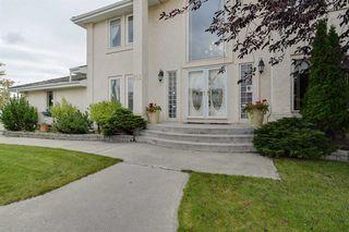 Photo 3: 319 DARLINGTON Crescent in Edmonton: Zone 20 House for sale : MLS®# E4176503