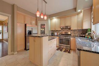 Photo 17: 319 DARLINGTON Crescent in Edmonton: Zone 20 House for sale : MLS®# E4176503