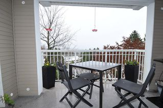 "Photo 15: 202 1432 PARKWAY Boulevard in Coquitlam: Westwood Plateau Condo for sale in ""Montreux"" : MLS®# R2428050"