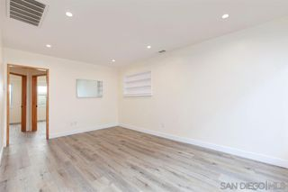 Photo 3: PACIFIC BEACH Apartment for rent : 2 bedrooms : 4018 Ingraham St in San Diego