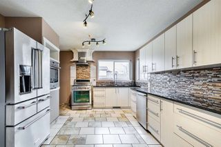 Photo 11: 10303 155 Avenue in Edmonton: Zone 27 House for sale : MLS®# E4195486
