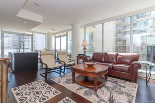 Photo 5: 801 707 Courtney St in Victoria: Vi Downtown Condo Apartment for sale : MLS®# 843049