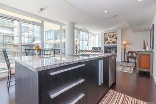 Photo 9: 801 707 Courtney St in Victoria: Vi Downtown Condo Apartment for sale : MLS®# 843049