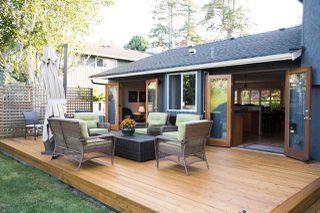 "Photo 35: 266 54 Street in Delta: Pebble Hill House for sale in ""PEBBLE HILL"" (Tsawwassen)  : MLS®# R2482561"