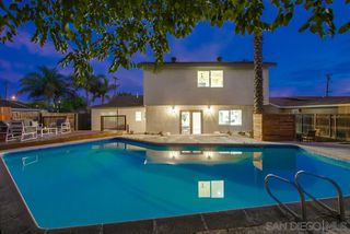 Photo 3: SANTEE House for sale : 4 bedrooms : 9772 Abbeyfield