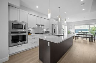 """Photo 1: 124 2280 163RD Street in Surrey: Grandview Surrey Townhouse for sale in """"SOHO"""" (South Surrey White Rock)  : MLS®# R2497866"""