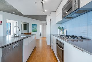 Photo 7: 3406 128 W CORDOVA Street in Vancouver: Downtown VW Condo for sale (Vancouver West)  : MLS®# R2498820