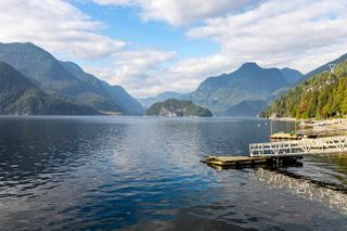 """Photo 3: 30 JOHNSON Bay in North Vancouver: Indian Arm House for sale in """"Johnson Bay"""" : MLS®# R2506244"""