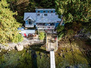 """Photo 5: 30 JOHNSON Bay in North Vancouver: Indian Arm House for sale in """"Johnson Bay"""" : MLS®# R2506244"""