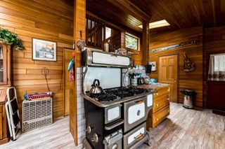 """Photo 11: 30 JOHNSON Bay in North Vancouver: Indian Arm House for sale in """"Johnson Bay"""" : MLS®# R2506244"""