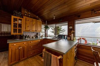 """Photo 12: 30 JOHNSON Bay in North Vancouver: Indian Arm House for sale in """"Johnson Bay"""" : MLS®# R2506244"""