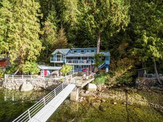 """Photo 9: 30 JOHNSON Bay in North Vancouver: Indian Arm House for sale in """"Johnson Bay"""" : MLS®# R2506244"""