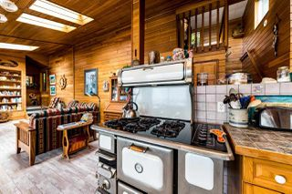 """Photo 10: 30 JOHNSON Bay in North Vancouver: Indian Arm House for sale in """"Johnson Bay"""" : MLS®# R2506244"""
