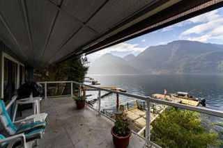 """Photo 32: 30 JOHNSON Bay in North Vancouver: Indian Arm House for sale in """"Johnson Bay"""" : MLS®# R2506244"""