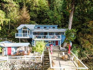 """Photo 7: 30 JOHNSON Bay in North Vancouver: Indian Arm House for sale in """"Johnson Bay"""" : MLS®# R2506244"""