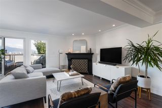 Photo 2: 1337 W 8TH AVENUE in Vancouver: Fairview VW Townhouse for sale (Vancouver West)  : MLS®# R2509754