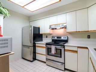 """Photo 6: 303 6055 NELSON Avenue in Burnaby: Forest Glen BS Condo for sale in """"LA MIRAGE II"""" (Burnaby South)  : MLS®# R2520525"""