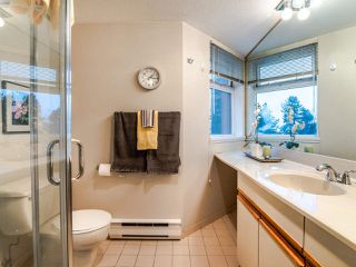 """Photo 12: 303 6055 NELSON Avenue in Burnaby: Forest Glen BS Condo for sale in """"LA MIRAGE II"""" (Burnaby South)  : MLS®# R2520525"""