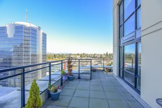 "Photo 12: 1410 10777 UNIVERSITY Drive in Surrey: Whalley Condo for sale in ""City Point"" (North Surrey)  : MLS®# R2521642"