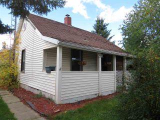 Photo 1: 368 West Railway Drive: Smoky Lake Town House for sale : MLS®# E4174701