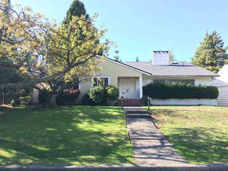 "Main Photo: 6069 FREMLIN Street in Vancouver: Oakridge VW House for sale in ""OAKRIDGE"" (Vancouver West)  : MLS®# R2410034"