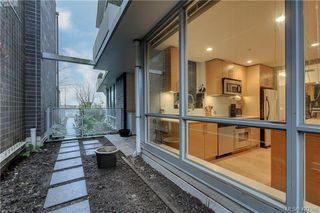 Photo 16: 102 391 Tyee Rd in VICTORIA: VW Victoria West Condo for sale (Victoria West)  : MLS®# 831944