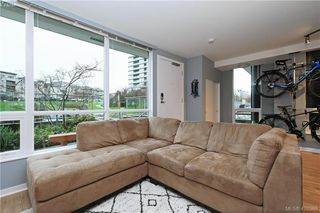 Photo 4: 102 391 Tyee Rd in VICTORIA: VW Victoria West Condo for sale (Victoria West)  : MLS®# 831944
