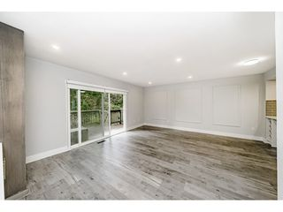 Photo 3: 327B EVERGREEN Drive in Port Moody: College Park PM Townhouse for sale : MLS®# R2441144