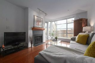 Photo 3: 204 2575 W 4TH Avenue in Vancouver: Kitsilano Condo for sale (Vancouver West)  : MLS®# R2445397