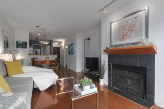 Photo 1: 204 2575 W 4TH Avenue in Vancouver: Kitsilano Condo for sale (Vancouver West)  : MLS®# R2445397