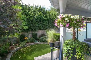 "Photo 23: 971 KENT Street: White Rock House for sale in ""WHITE ROCK BEACHES"" (South Surrey White Rock)  : MLS®# R2446562"